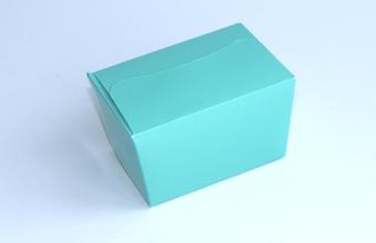 Aqua 100g sized Ballotin - Gift Carton Ideal for Spring-Summer occasions